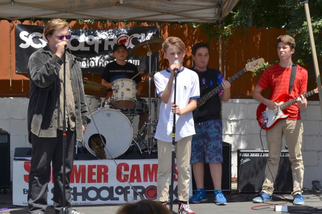 school of rock 5 day spring break camp 4 6 4 10 ages 7 18 no experience required space. Black Bedroom Furniture Sets. Home Design Ideas