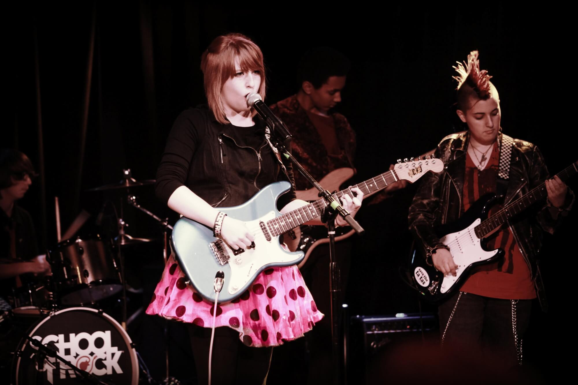 Students perform at the Whisky A Go-Go for their Season Show Performance.