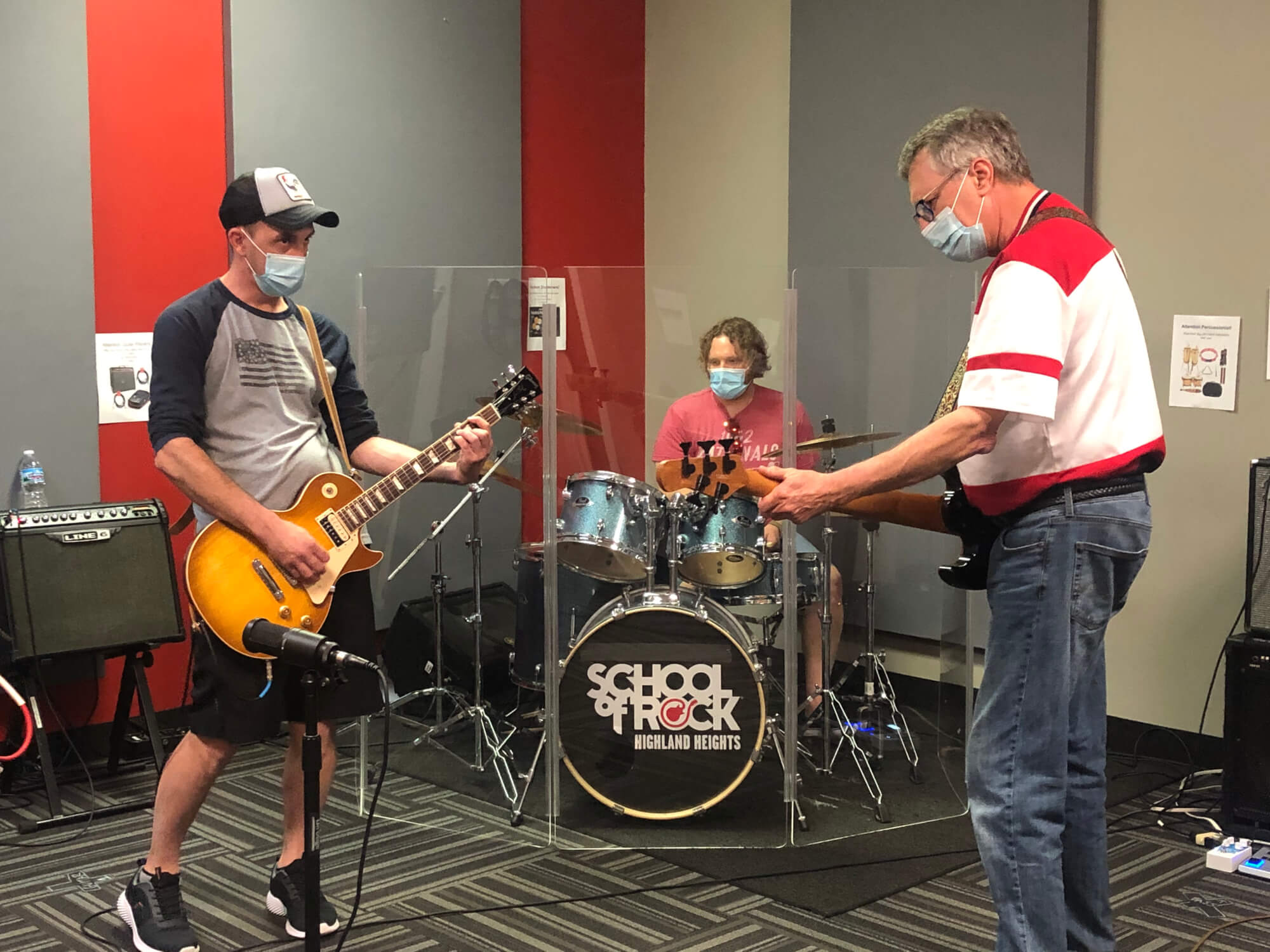 Students jamming at School of Rock Highland Heights.