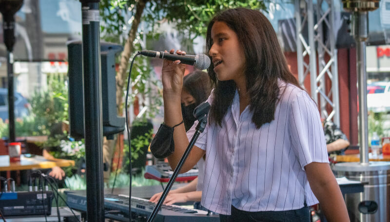 Valeria sings at the School of Rock Tustin Spring 2021 Concerts