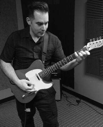 Guitar Teacher Nicholas Klusener