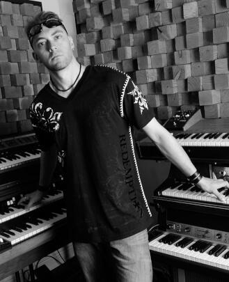 Keyboard Teacher Alessandro Bertoni