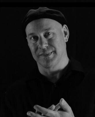 Bass Guitar Teacher and Guitar Teacher Arnold Gottlieb