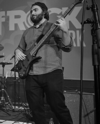 Bass Guitar Teacher, Guitar Teacher and Keyboard Teacher Benji Daniels