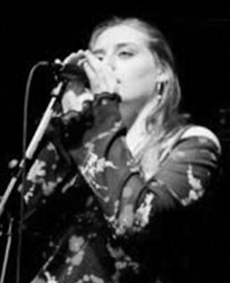 Singing Teacher Caitlin Rossbotham