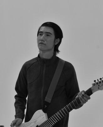 Guitar Teacher, Bass Guitar Teacher, Keyboard Teacher Cameron Good