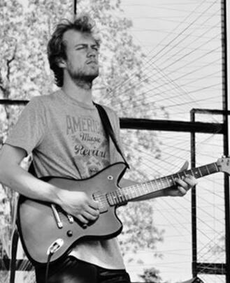 Bass Guitar Teacher, Guitar Teacher, Keyboard Teacher Carl Johnson
