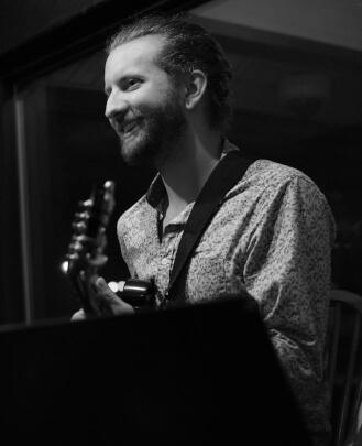 Guitar Teacher Charles Platz