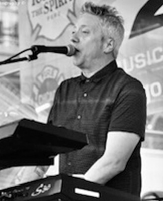 Keyboard Teacher Chris Cerasoli