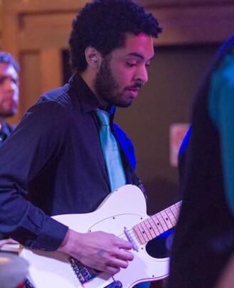 Guitar Teacher, Bass Guitar Teacher Christian Cepeda