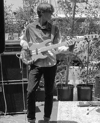 Guitar Teacher, Bass Guitar Teacher, Keyboard Teacher Danny Hudson