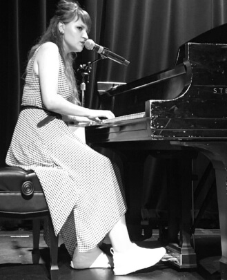 Singing Teacher, Keyboard Teacher Daria Denysenko