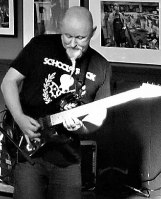 Guitar Teacher, Bass Guitar Teacher Geoff Quinn