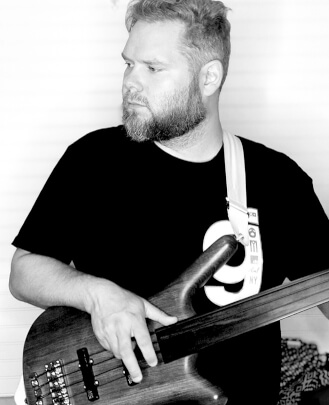 Guitar Teacher, Bass Guitar Teacher, Drum Teacher GREG ELINGBURG