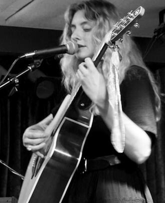 Singing Teacher Hannah Pautler