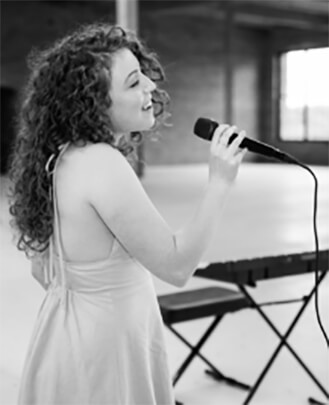 Vocal Instructor Kayla Silverman