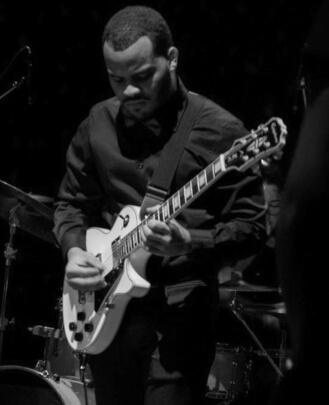 Guitar Teacher Kenny Rosario-Pugh