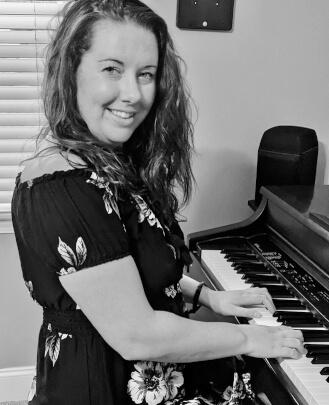 Piano Teacher Lynnea Charles