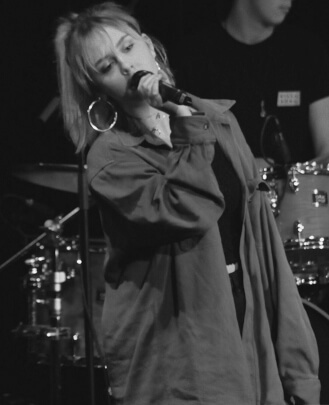 Singing Teacher Lily Lindsay