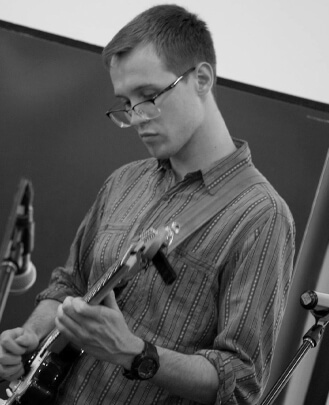 Guitar Teacher, Keyboard Teacher, Singing Teacher Mark McLean