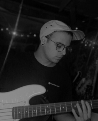 Guitar Teacher, Bass Guitar Teacher  Michael Kowalski