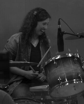 Drum Teacher Naomi Thompson