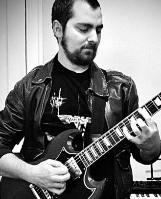 Bass Guitar Teacher, Guitar Teacher, Singing Teacher, Keyboard Teacher, Drum Teacher Nick Mizock