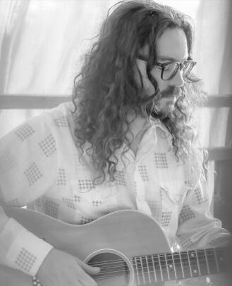Guitar Teacher, Bass Guitar Teacher, Drum Teacher, Songwriting Teacher Paul Dutton