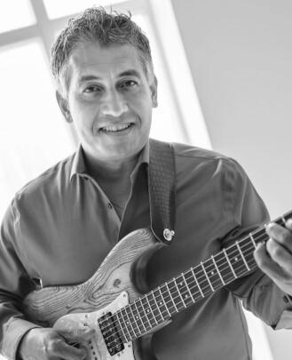 Guitar Teacher, Bass Guitar Teacher  Rico Southee