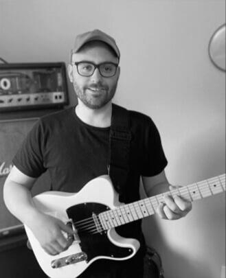 Sawyer Schneider Guitar Instructor
