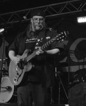 Bass Guitar Teacher, Guitar Teacher Scott Kuchler