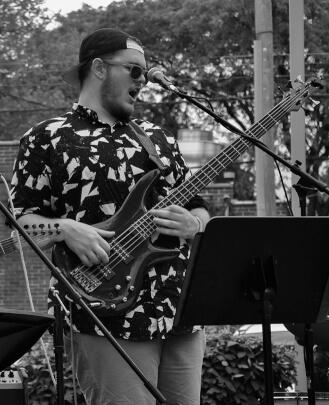 Bass Guitar Teacher, Guitar Teacher, Piano Teacher, Drum Teacher Charlie Bonkowski