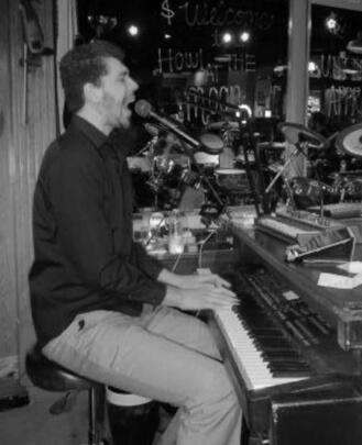Piano Teacher, Guitar Teacher, Bass Teacher, Singing Teacher, Drum Teacher Q Rubio