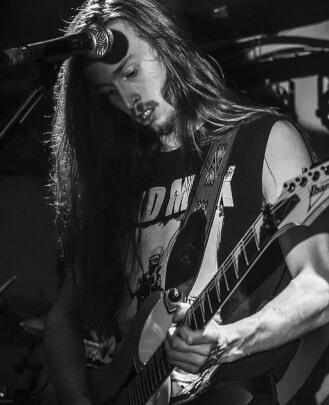 Guitar Teacher Toryin Schadlich