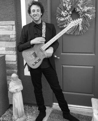 Guitar Teacher, Bass Guitar Teacher, Keyboard Teacher Dylan Meistrich
