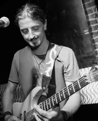 Guitar Teacher Jack Divjak